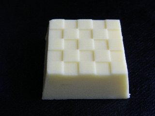 チロルチョコ 北海道チーズチョコ