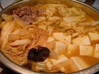 まつや『ピリ辛とり野菜みそ』で鍋